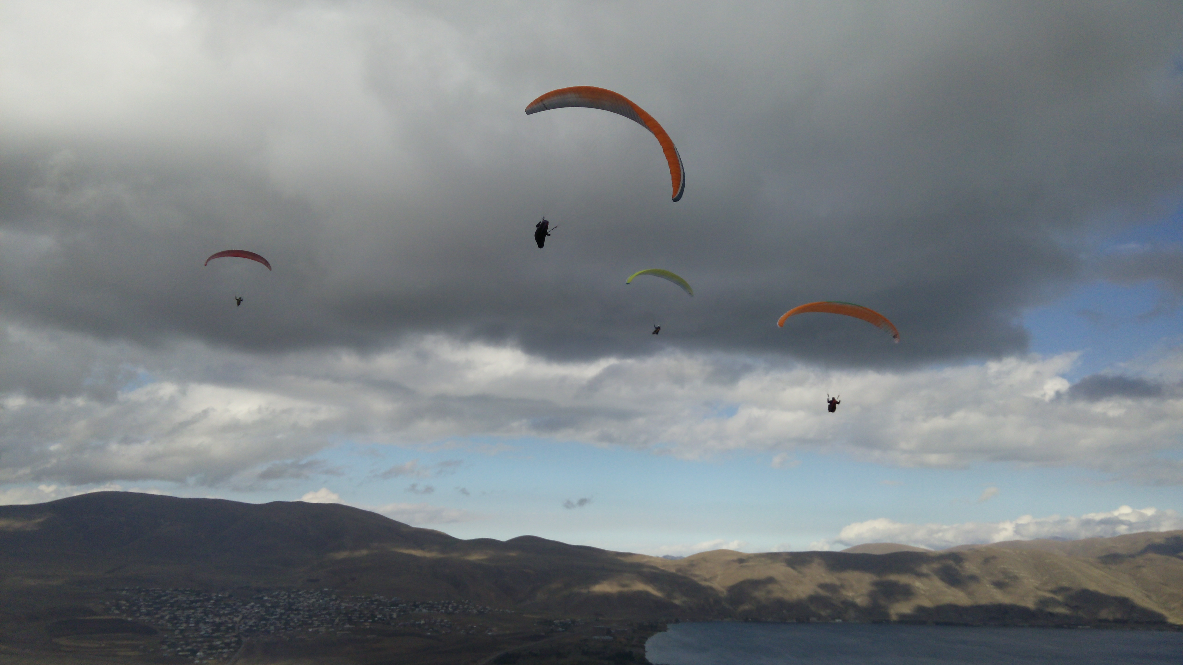 Paragliding in Armenia