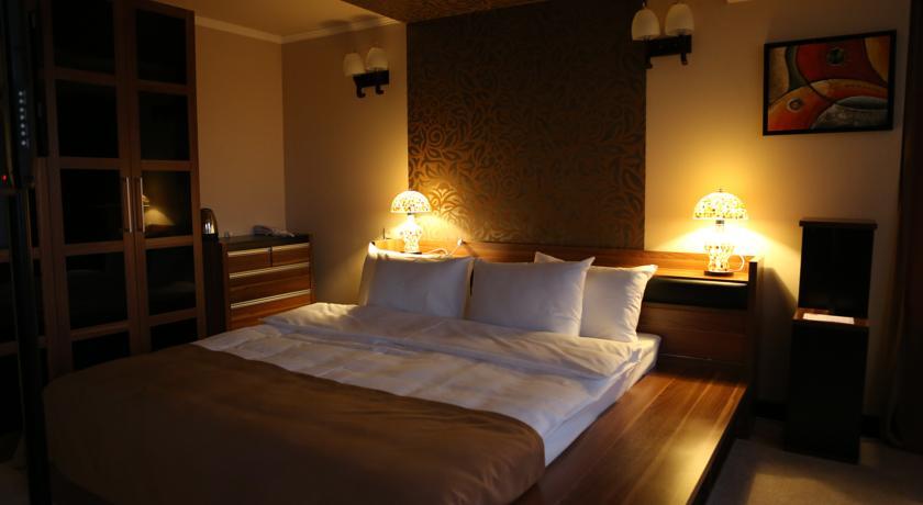 Гостиница Наири