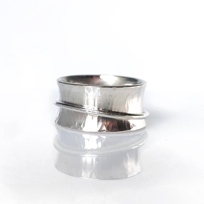 """Silver Spinner """"Fiddle"""" Ring"""