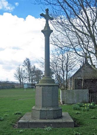 Ardler War Memorial.jpg