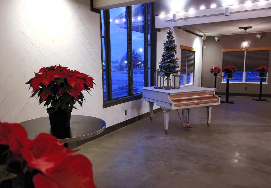 d41-event-space-holiday-piano.jpg