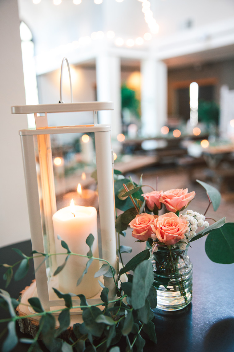 d41-event-space-lantern-greenery-flowers
