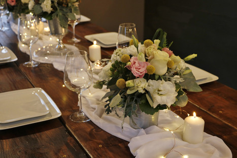 d41-event-space-centerpiece-table-setting