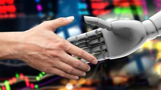 """""""Preocupan unas máquinas convertidas en autónomas y capaces de tomar decisiones por sí mismas, en detrimento quizá de los humanos"""".  Terceros"""
