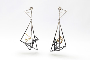 Unsymmetric Large Triangular Structure Earrings