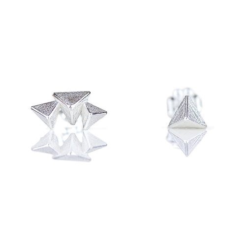 Mismatched 3D Triangle Stud Earrings