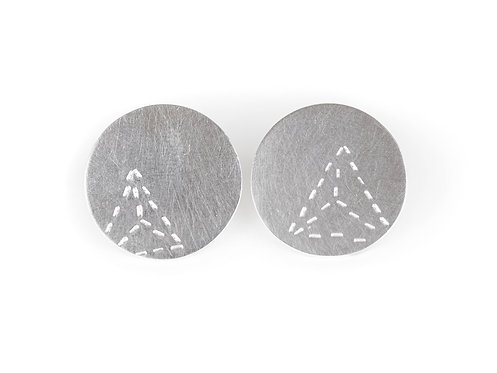 Disc Stud Earrings with Triangle Pattern