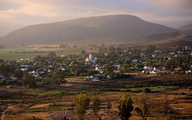 McGregor Country Getaways Sunrise Villag