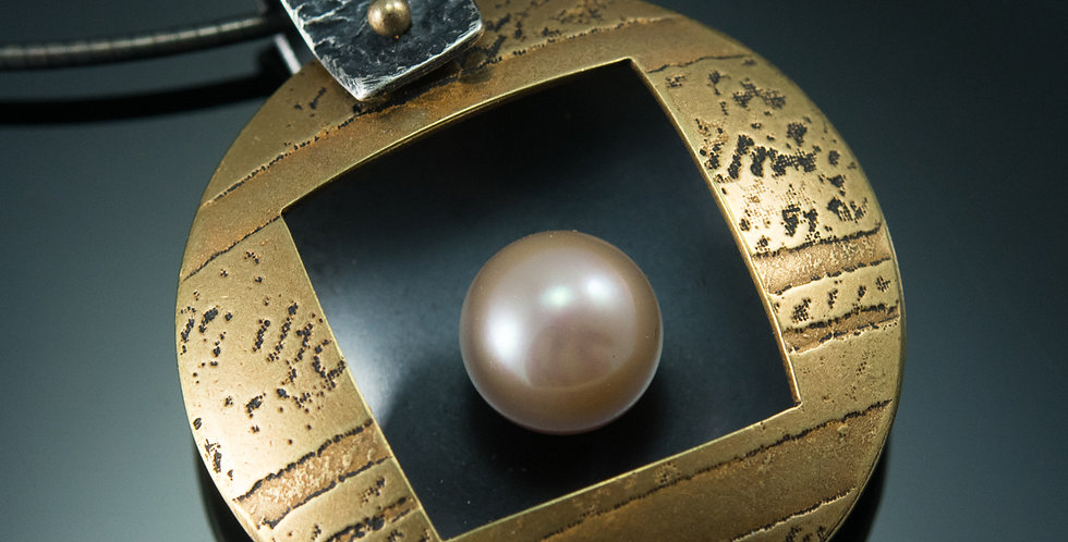 Pearl Nest Pendant in Etched Brass