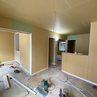 2階真ん中の部屋1.jpg