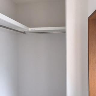 穂積様邸-完了状況 2階洋室クロゼット.JPG