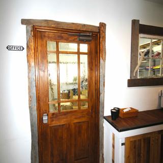 サーカス古材ドア1.jpg