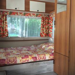 caravane chambre1.JPG