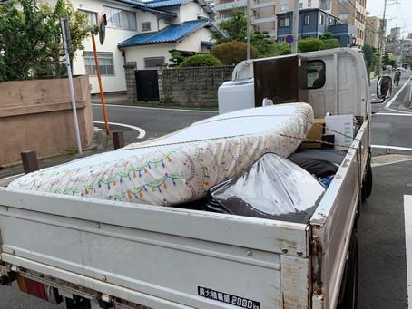 福岡市中央区今川で不用品回収作業