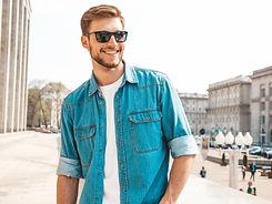portrait-handsome-smiling-stylish-hipste