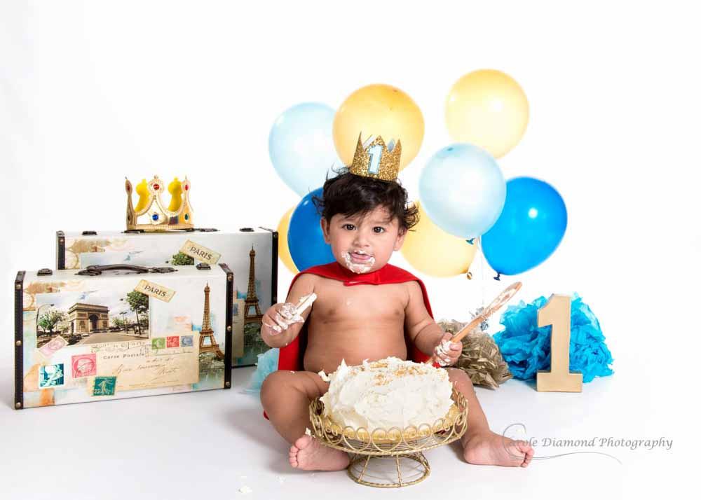 little prince cake smash photo sitting