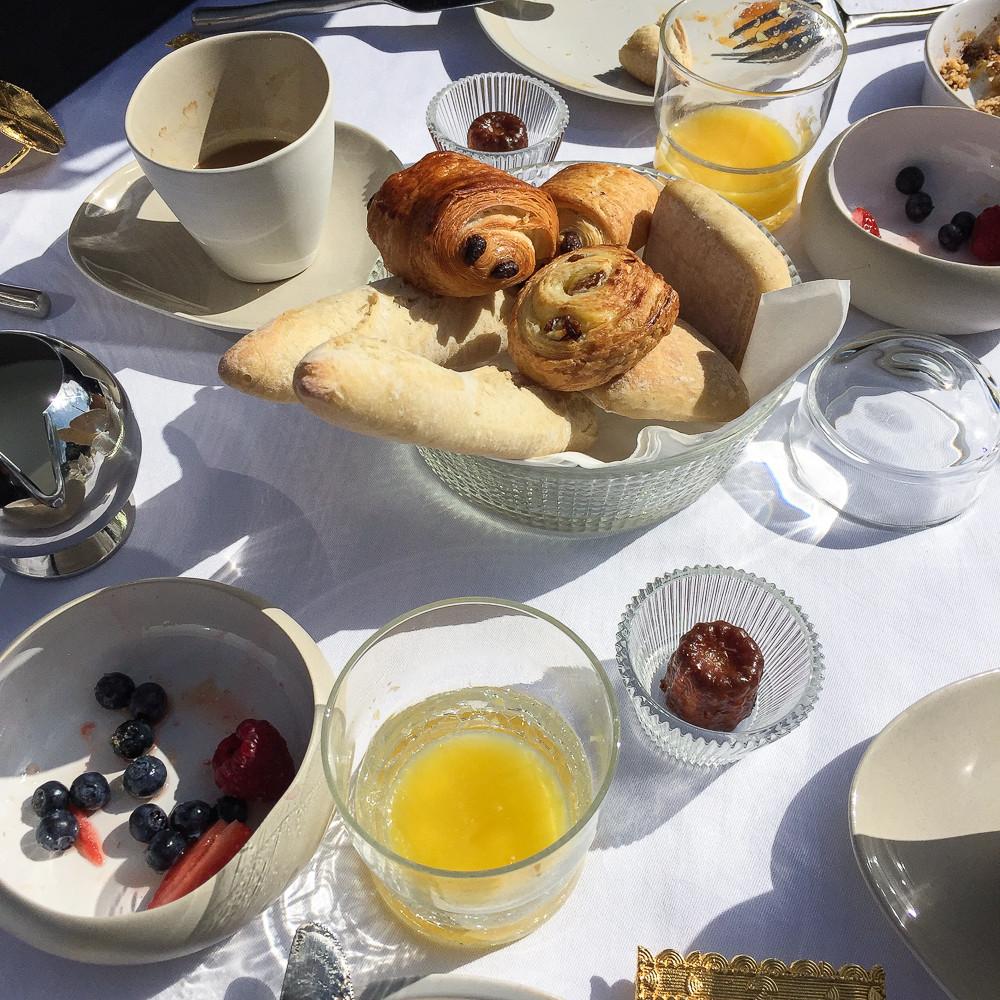breakfast cap ferret