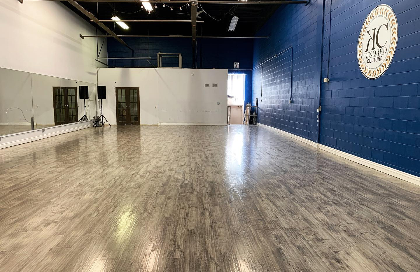 1,600 SF MAIN STUDIO