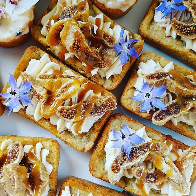 sticky banana fig mini loaves.jpg
