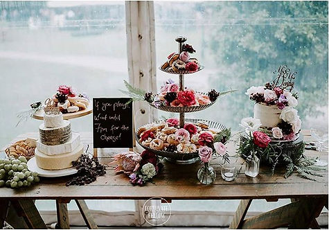 When _epicure_camden  and Cupcakes un Ca
