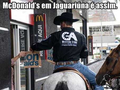 Horse Thru: inauguração de McDonald's em Jaguariúna recebe visitantes inusitados