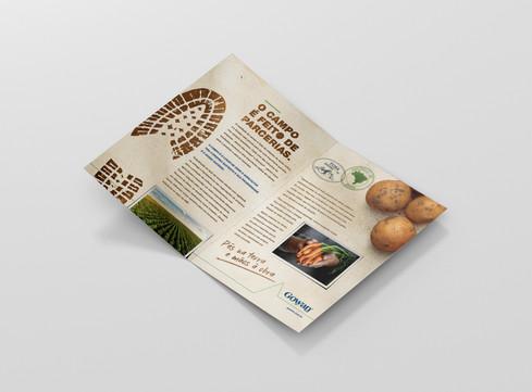 A5_bifold_brochure_open_side.jpg