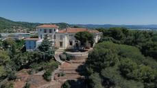 Image drone du Castel Bay
