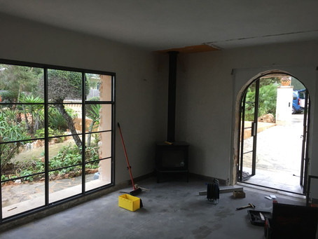 The iron atelier window has arrived.