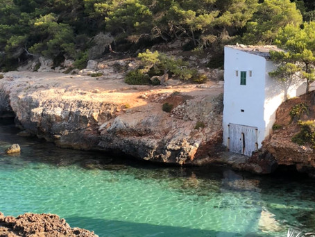 Turquoise Tranquilamente - The inimitable Cala S'Almonia.