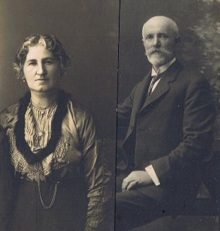 Solomon  and Pearl Novak