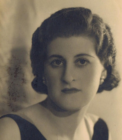 Gerta as a young woman