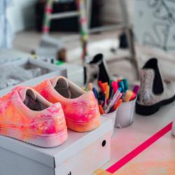 Sneakers d'autore alla Reggia Outlet