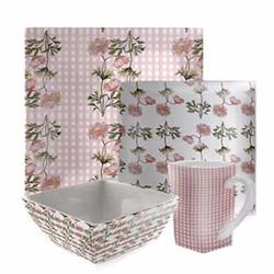 Small pinks coordinating platter