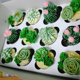 #orangecounty #orangecountycakes #orangecountycakeboutique #apieceofcakestudio_#dessert #cake #food # #cupcakes #cupcakestagram #lovefood _#