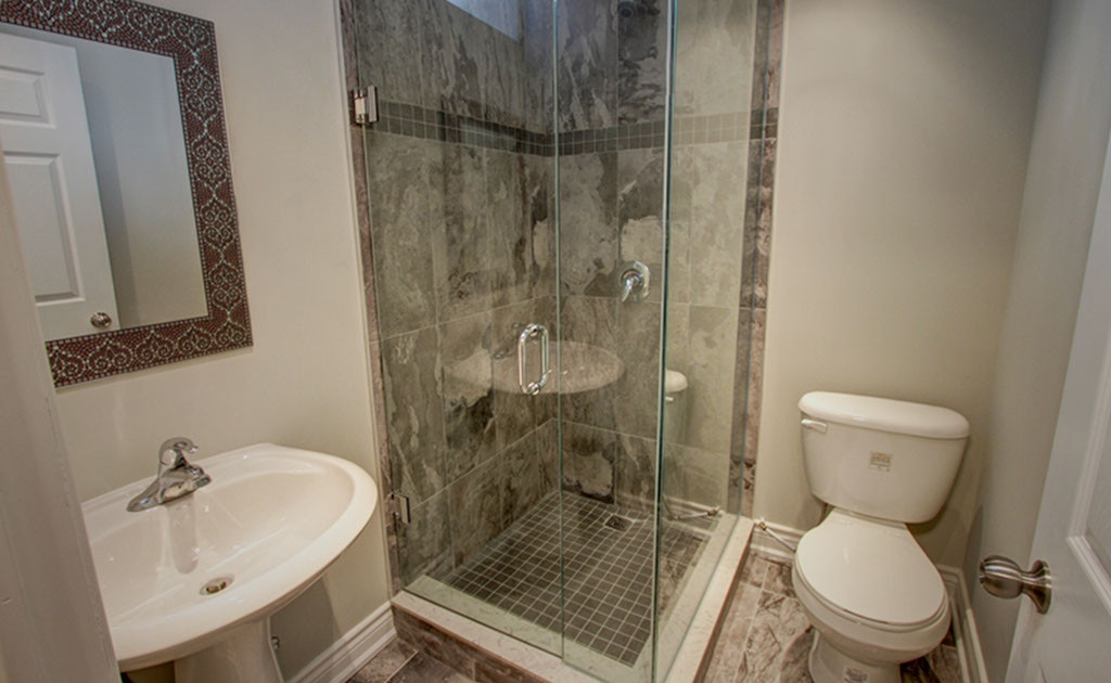 bathroom image 7 - desktop - website (al