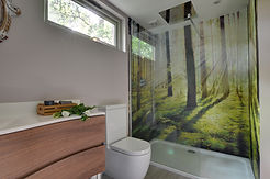 Showe room 1.jpg