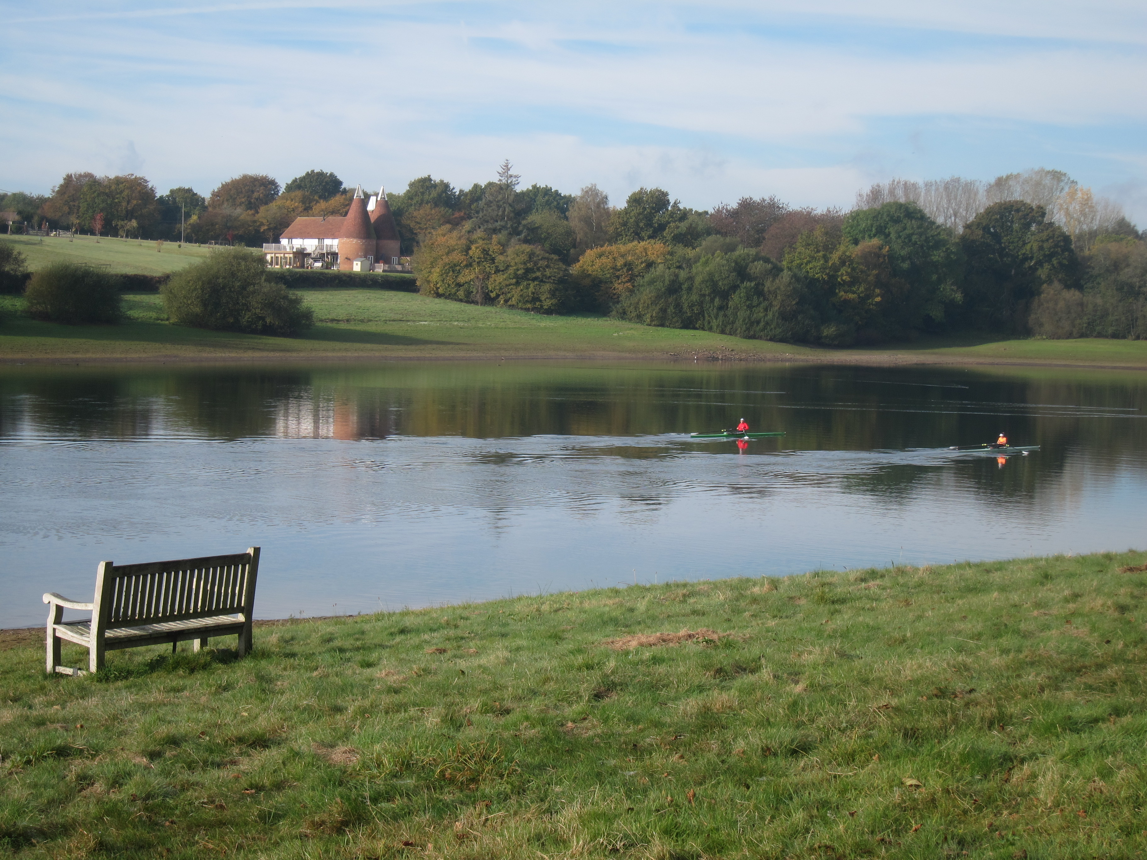 Round Bewl Water track