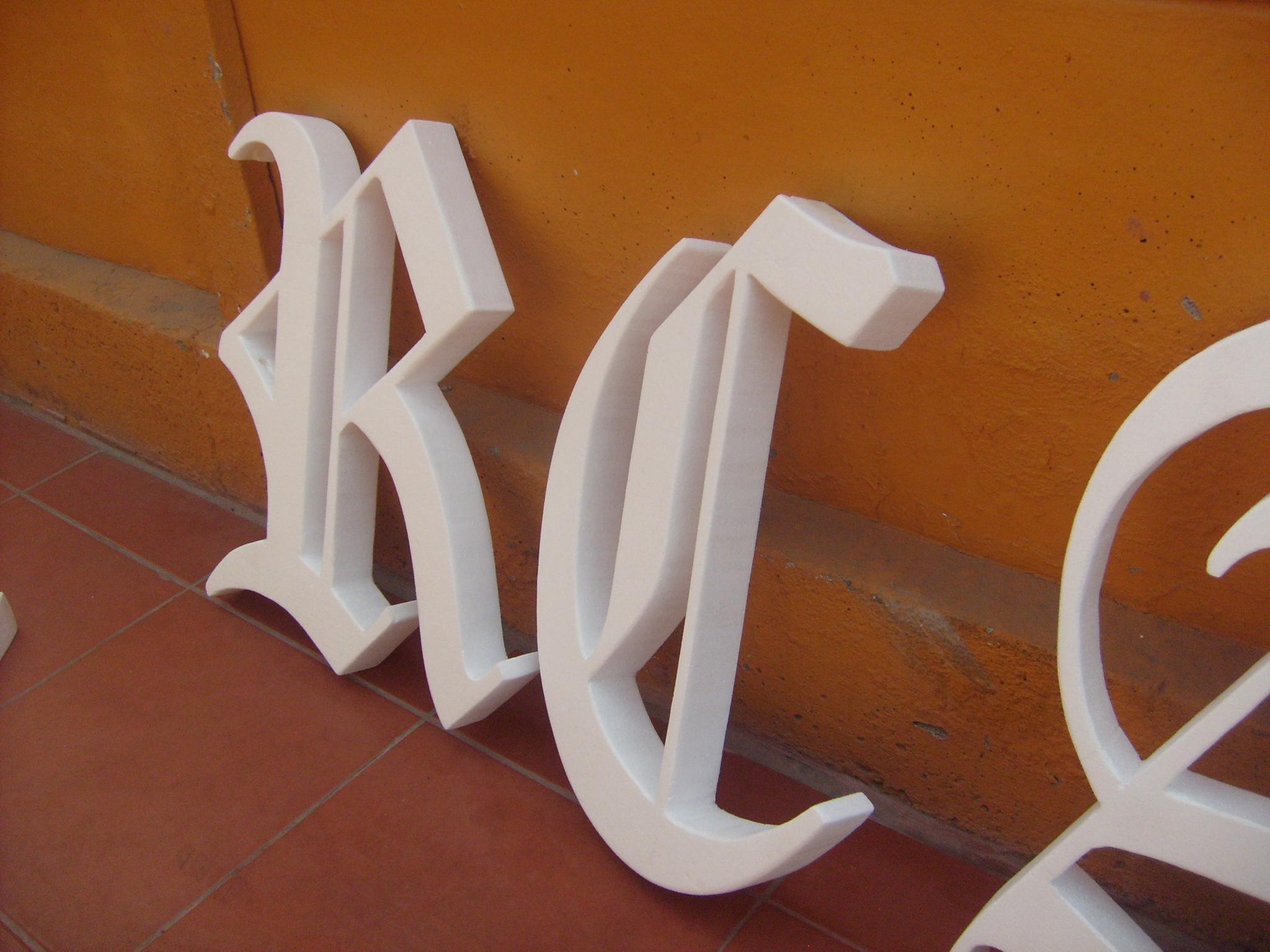 Letras Corte CNC Nicrom