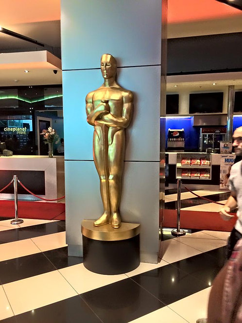 Arriendo 2 Replicas de Oscar de 2,5 mt de alto