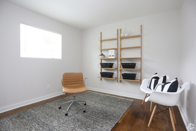 dwell-at-hollywood-atlanta-ga-2br-2ba---