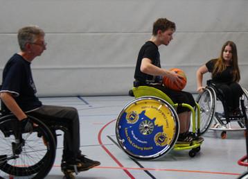 Ein sportlicher Rollstuhl...