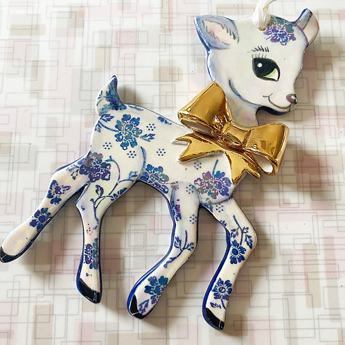 Vintage Style Blue Flower Deer Ornament