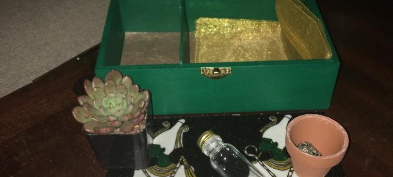 Green Travel Altar