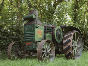 Rumely Oil-Pull Model X - Classic Tractor Collection