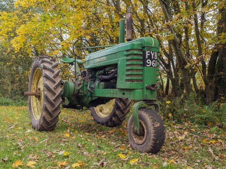 Classic Tractor Collection - John Deere B