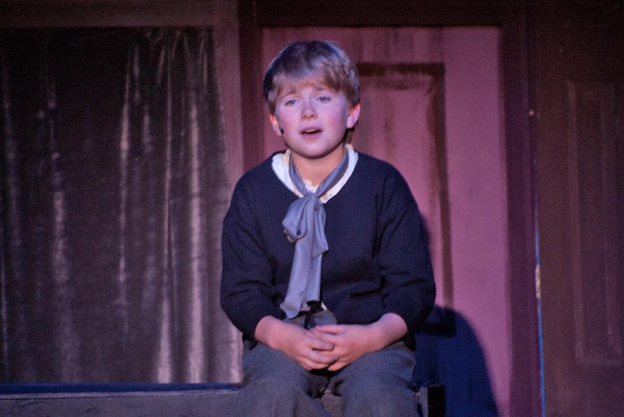 Oliver at Coffin LR.jpg