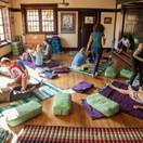 Yoga-room-at-Onaledge-2-300x200.jpg