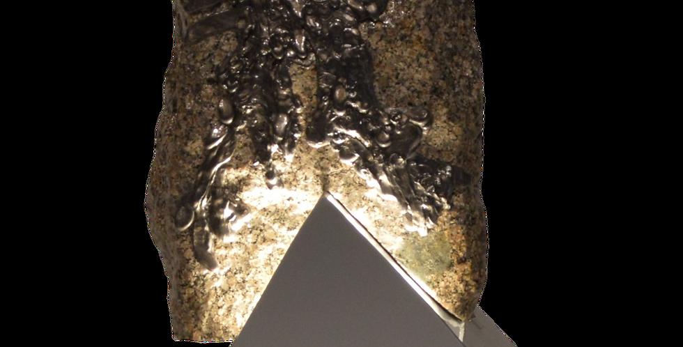 atelier fabrice | sculptures lumineuses | granit 2 1