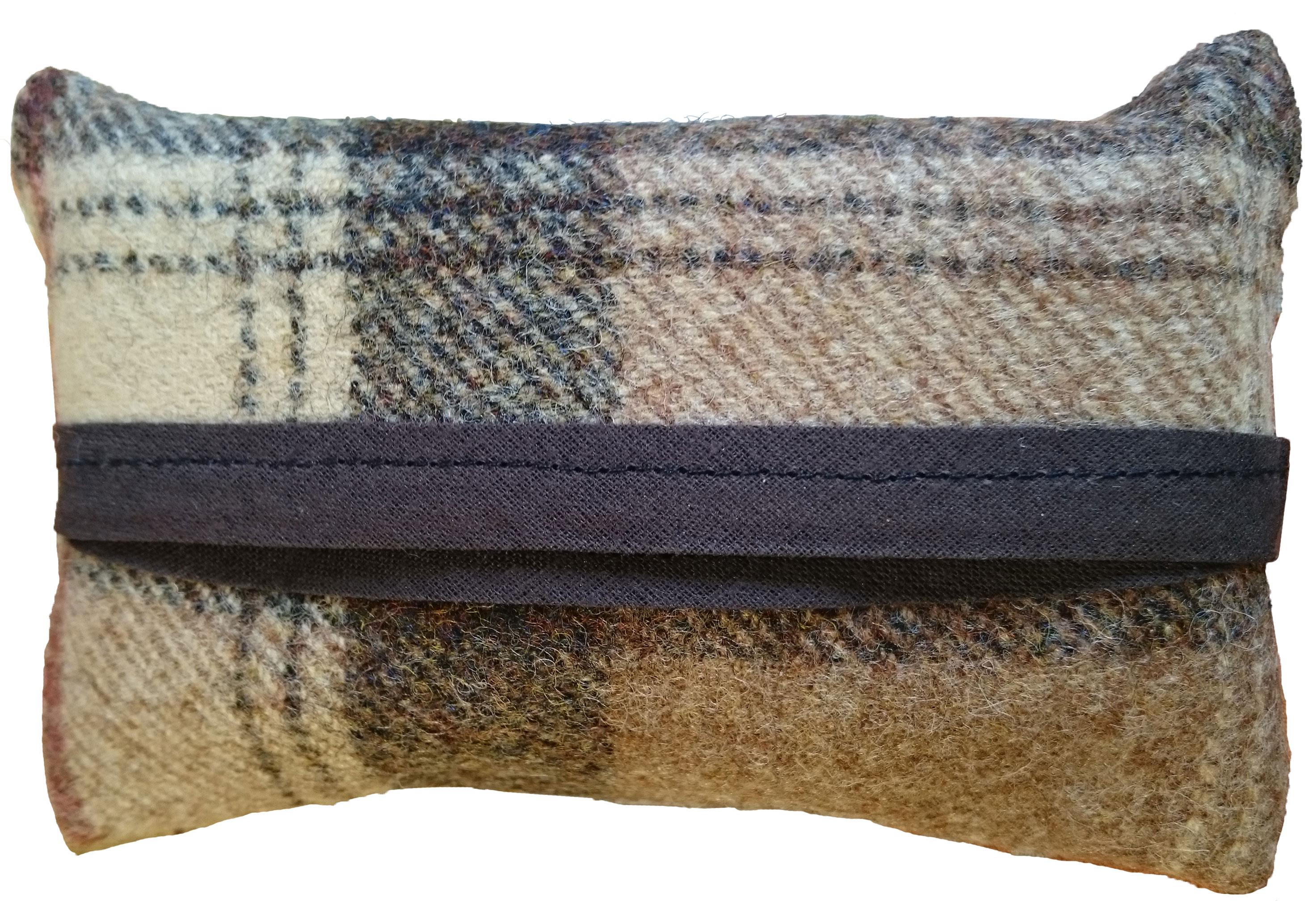 CODE HT21 Harris Tweed Tissue Holder