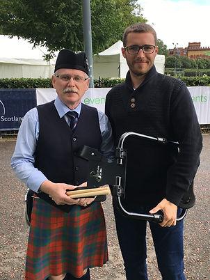 Eric Ward et Antoine Stéphan créateur du harnais PhysioDrum au Worlds Glasgow